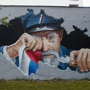 Tatíček Masaryk se na dnešní politickou scénu už nemůže dívat.