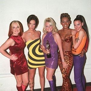 Kdo určoval trendy? Přeci Spice Girls!