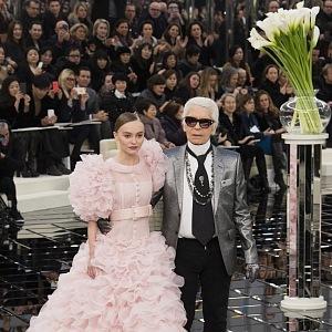 Karl Lagerfeld s tváří kolekce -Lily-Rose Depp