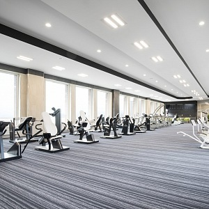 Fitness centrum nabízí velké vyžití.