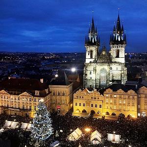 Staroměstské náměstí v Praze.