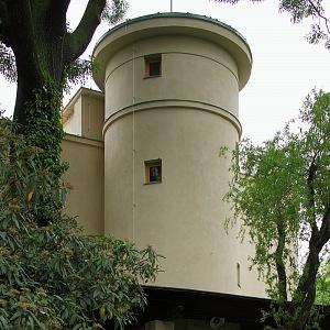 Rothmayerova vila - válcovité věže