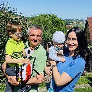 Alex Mynářová s manželem Vratislavem a dětmi