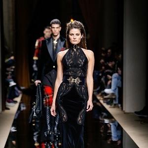 Dress in black color