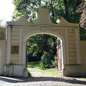 Bertramka - brána