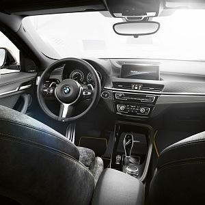 BMW X2 - luxusní interiér