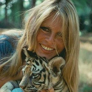 Brigitte Bardot se lvíčetem
