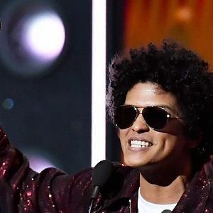 Grammy ovládl Bruno Mars