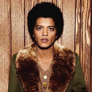 A star Bruno Mars is a half Filipino