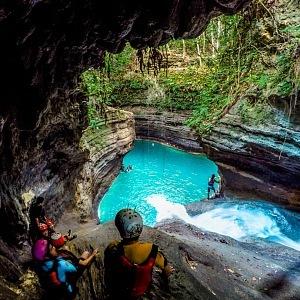 Kawasan Falls, Cebu, Canyineering