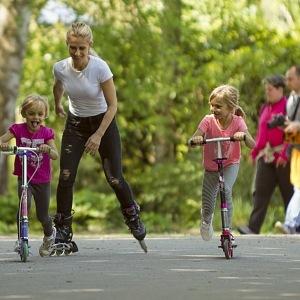 S dcerami se snaží trávit všechen volný čas.