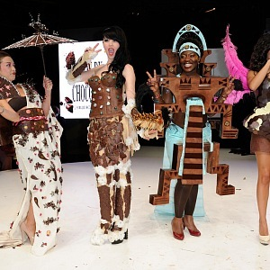 Čokoládový festival v Paříži, čokoládový oděv