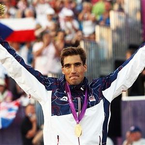 David se ve světě showbyznysu proslavil díky vítězství na olympiádě v roce 2012.