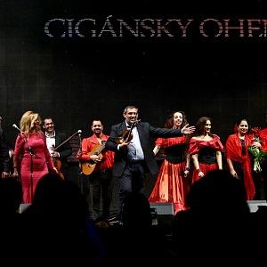 Alexander Daško a soubor Ruska Roma.