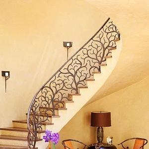Krásně schodiště, foto Roger Davies
