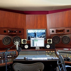 Nahrávací studio, foto Roger Davies