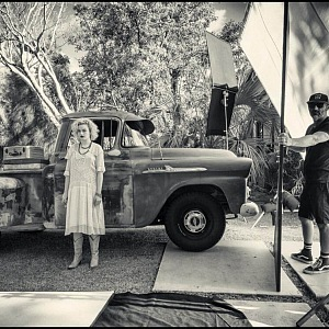 Julia Garner, behind the scene