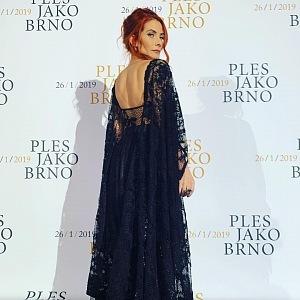 Eva Decastelo - šaty Michal Marek