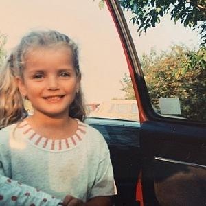 Jako malá ale vůbec netoužila stát se modelkou.