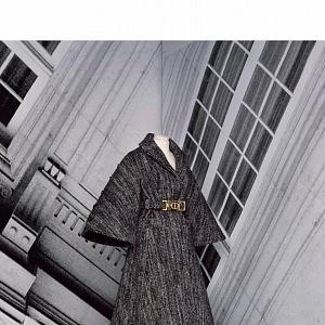 Šaty s přepásáním z kolekce Dior Fall 2020 Haute Couture
