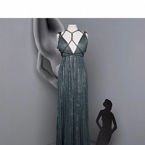 Večerní šaty z kolekce Dior Fall 2020 Haute Couture