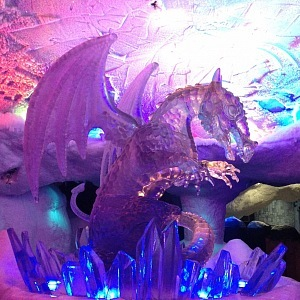 Ledová socha, drak
