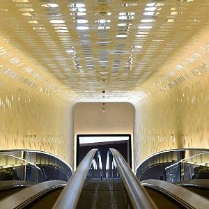 Eskalátory v budově Elbphilharmonie