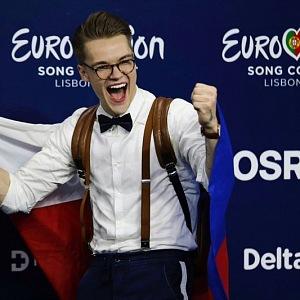 Jeho úspěch na Eurovizi byl fenomenální.