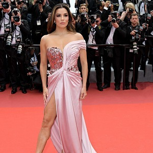 Eva Longoria - dress Alberta Ferretti