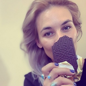 Šárka eats four chocolates a day