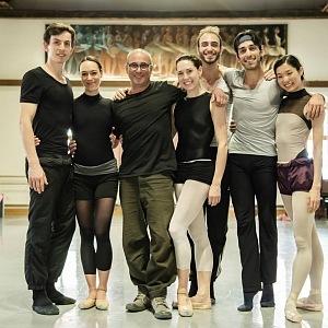 Na tréninku s Bigonzettim nechávají tanečníci duši.