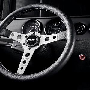 """Mil-Spec Automobil Hummer H1 """"Launch Edition"""" detail"""