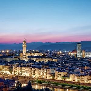 Panorama večerní Florencie