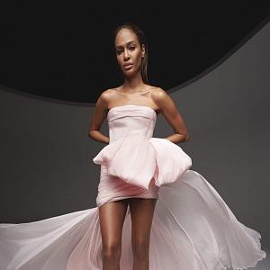 Růžové šaty Giambattista Valli Fall 2020 Haute Couture