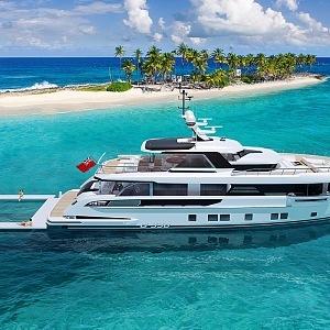 Yacht Global 330