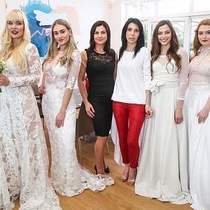 Petra Pilařová - Petra Pilařová fashion a Elena Jakubovič Y&T Luxury Propperty