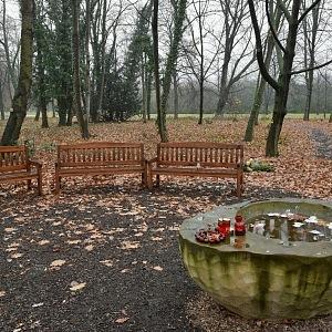 Ďáblický hřbitov, Les vzpomínek