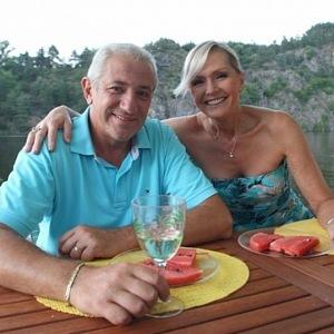 Helena Vondráčková with husband
