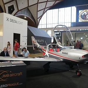Letadlo VL3