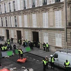 Demonstrace Paříž 24. 11.