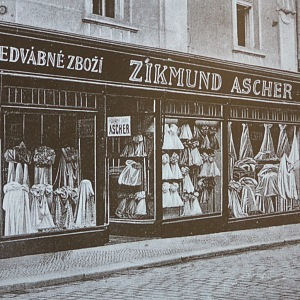 The shop owned by Zika Ascher