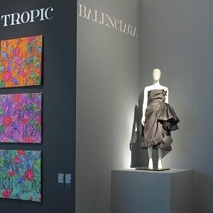 Balenciaga was also using Ascher fabrics