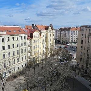 View from the observation deck to Letenské náměstí