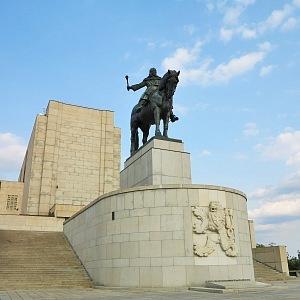 V Praze obdivujeme i koně z bronzu, Vítkov