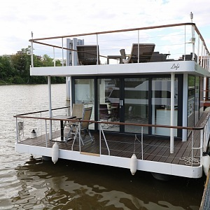 Houseboat VIP Living