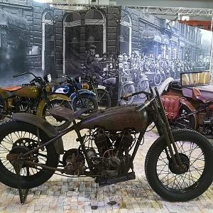 Luxusní starodávné motorky Harley-Davidson