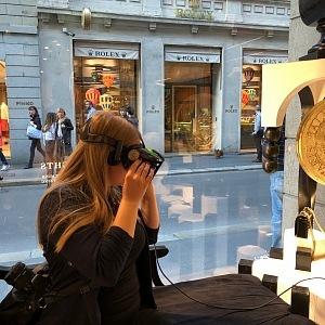 VR, Balmain, Milán