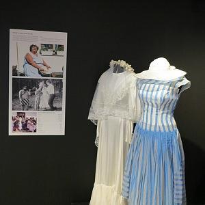 Svatební šaty mladé Škopkové