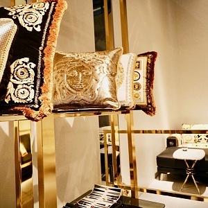 Versace Milanese in spirit