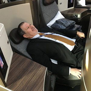 Ze sedačky postel za pár vteřin.